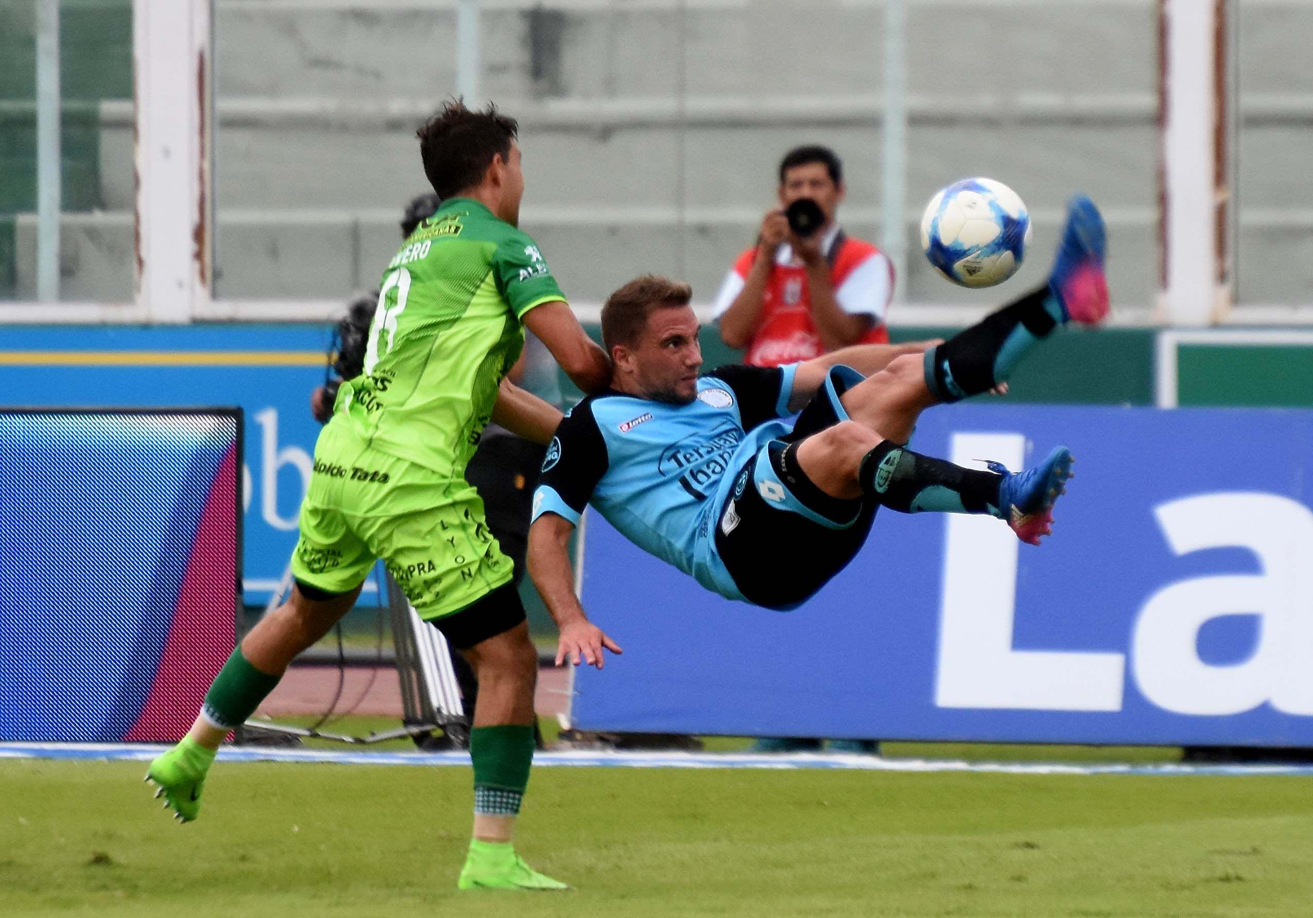 Belgrano cayó ante Defensa y sigue en caída libre