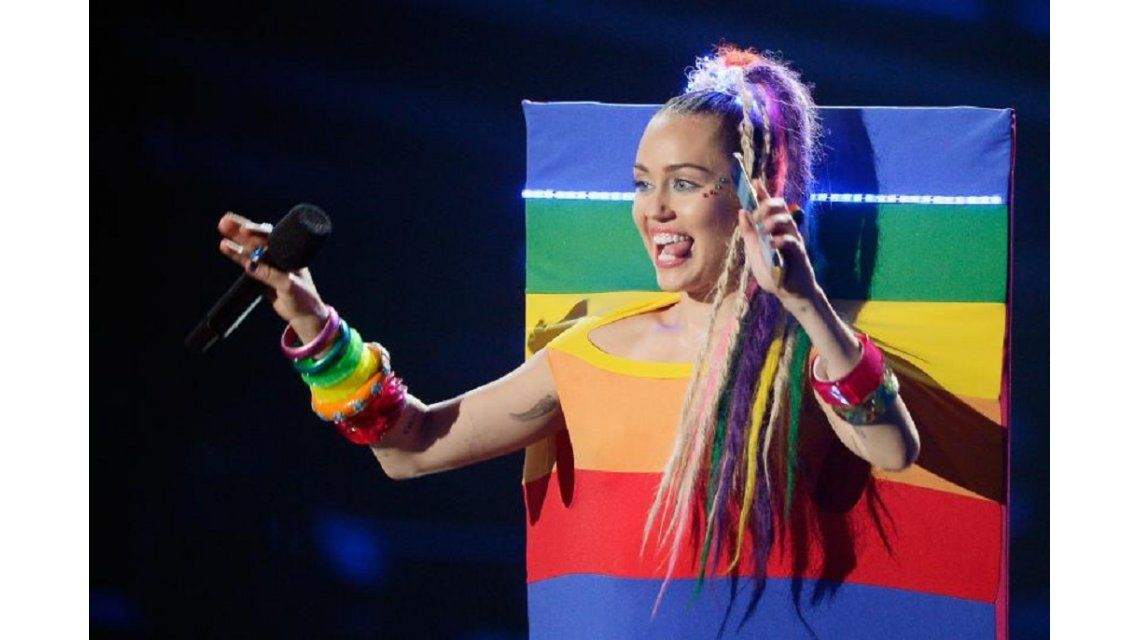 Miley Cyrus se definió como pansexual