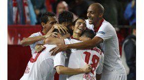 El festejo de los jugadores del Sevilla tras el segundo gol ante Celta