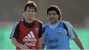 Messi y Maradona, los mejores jugadores de la historia del fútbol argentino
