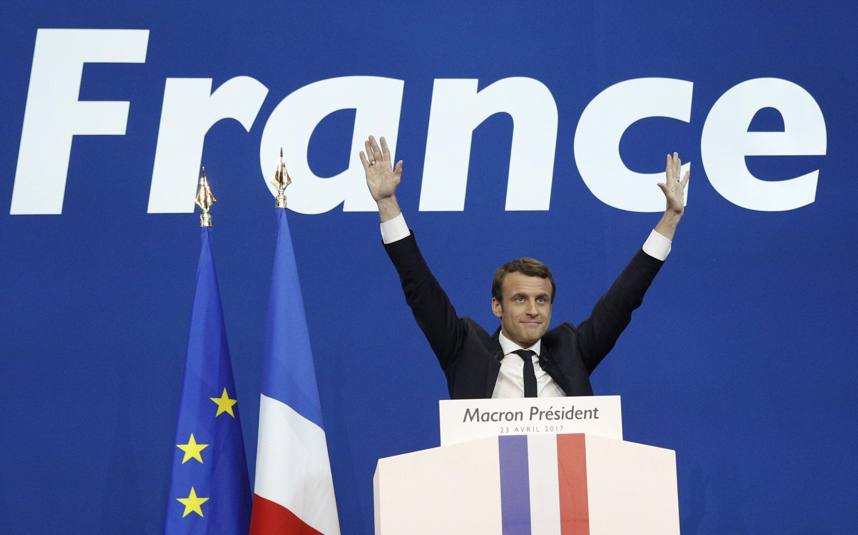 Macron obtiene leve ventaja sobre Le Pen