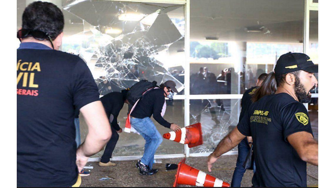 Disturbios en el Congreso de Brasil tras la aprobación de la reforma jubilatoria