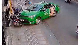 Un ladrón fue atropellado mientras huía de un robo
