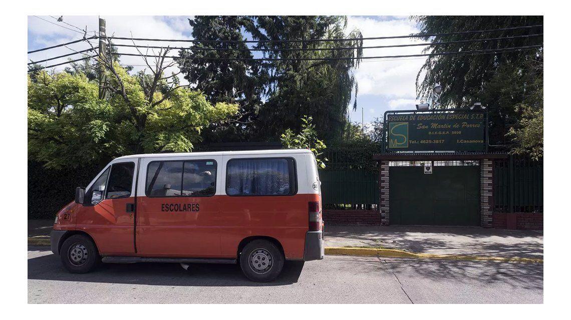 Esta es la escuela que tiene que cerrar cada vez que Almirante Brown juega de local