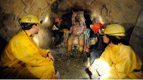 Así son las minas de Cerro Rico en Potosí