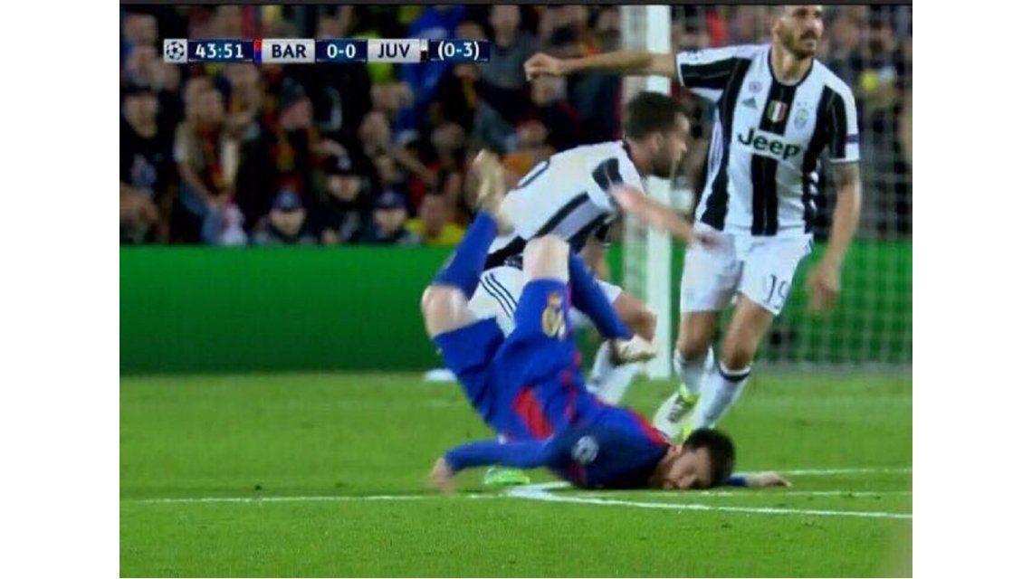 El feo golpe que sufrió Lionel Messi ante Juventus