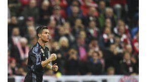 La celebración del portugués, tras el primer gol ante Bayern Munich en Alemania
