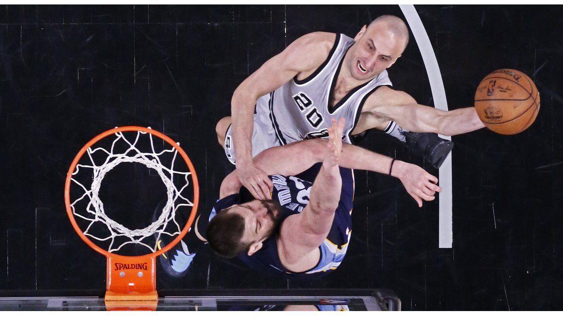 Manu Ginóbili disputó 18 minutos para los Spurs
