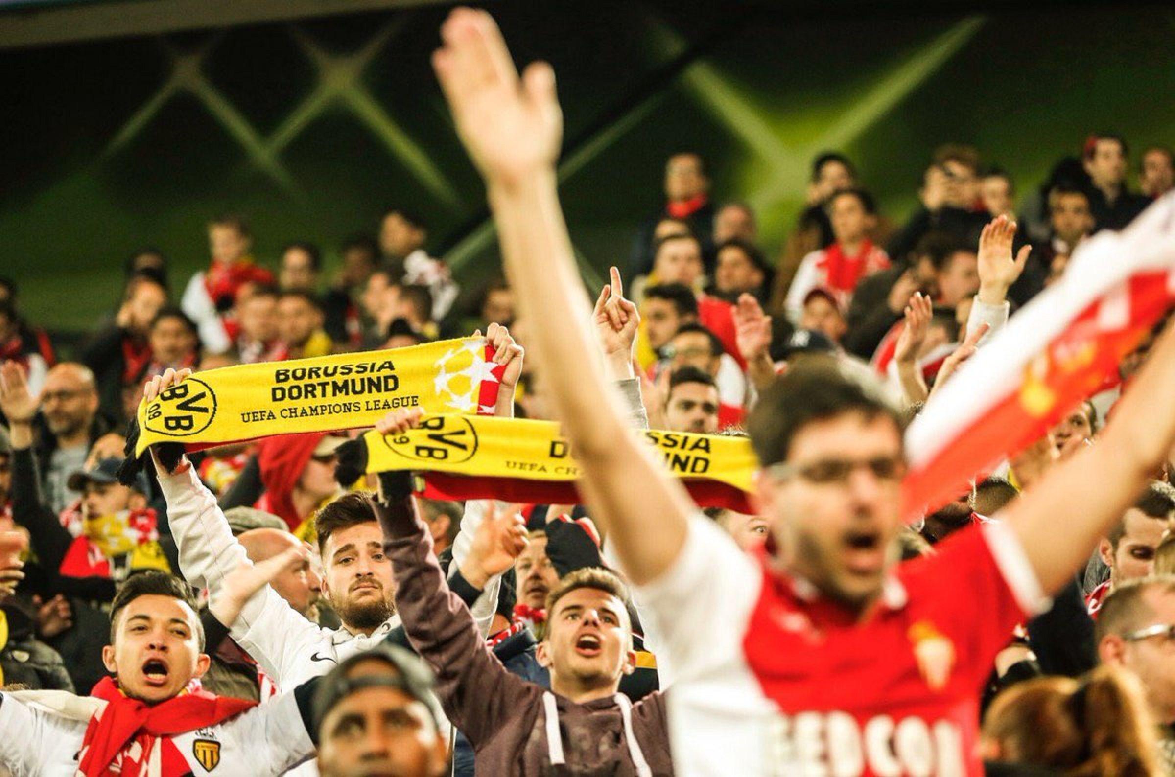 Hinchas de Mónaco alentaron a los del Dortmund tras atentado