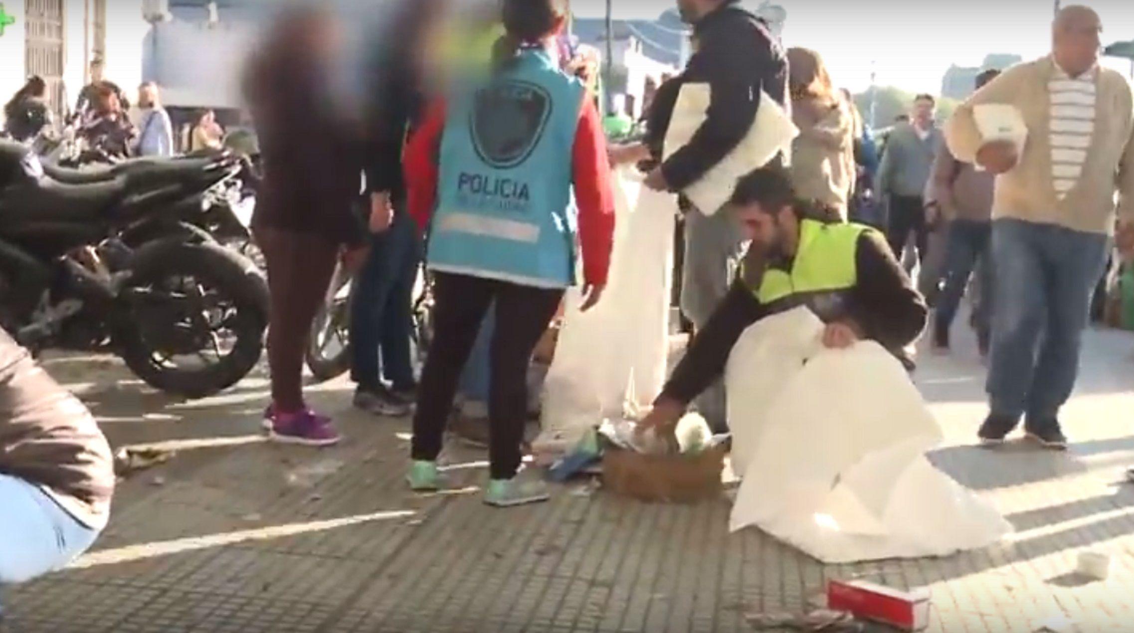 La Policía de la Ciudad desalojó a puesteros de la zona de Retiro
