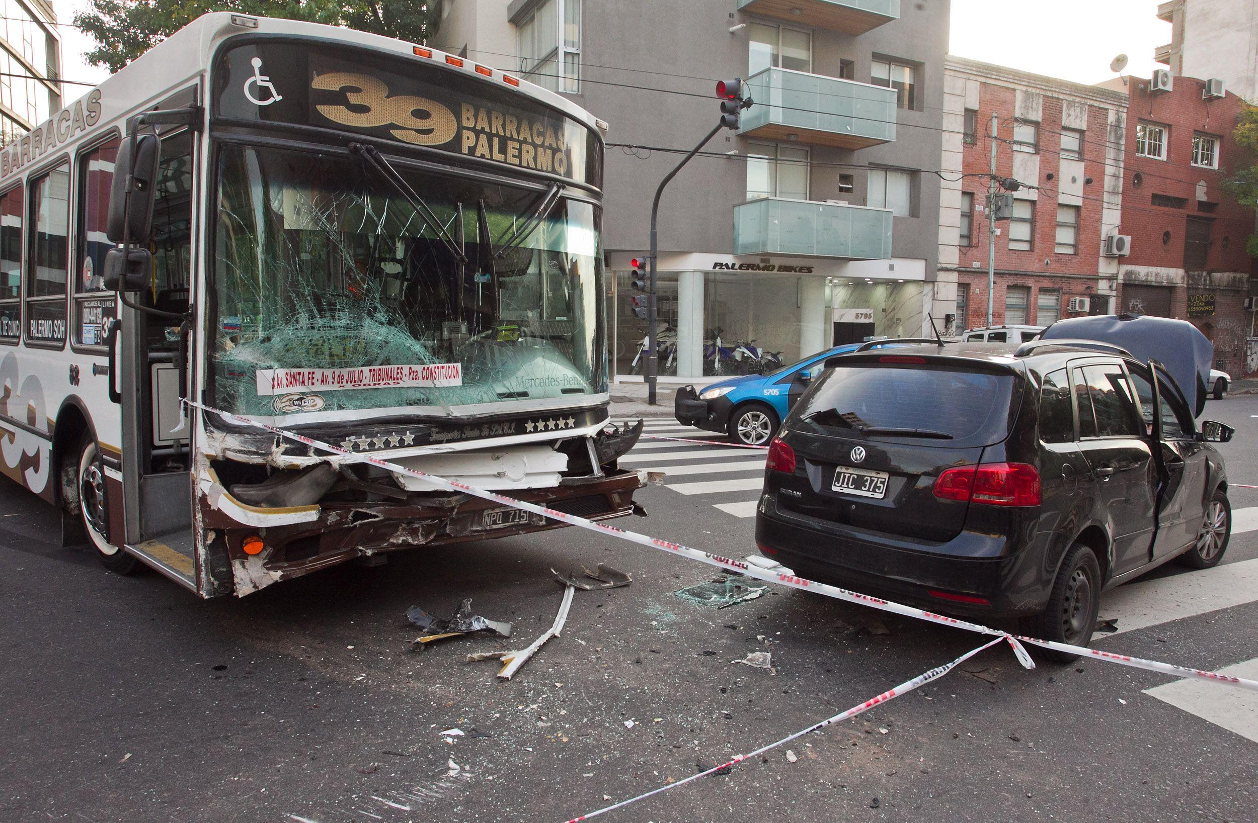 Dos personas resultaron heridas