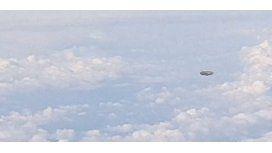 Una pasajero de un avión asegura haber filmado un ovni