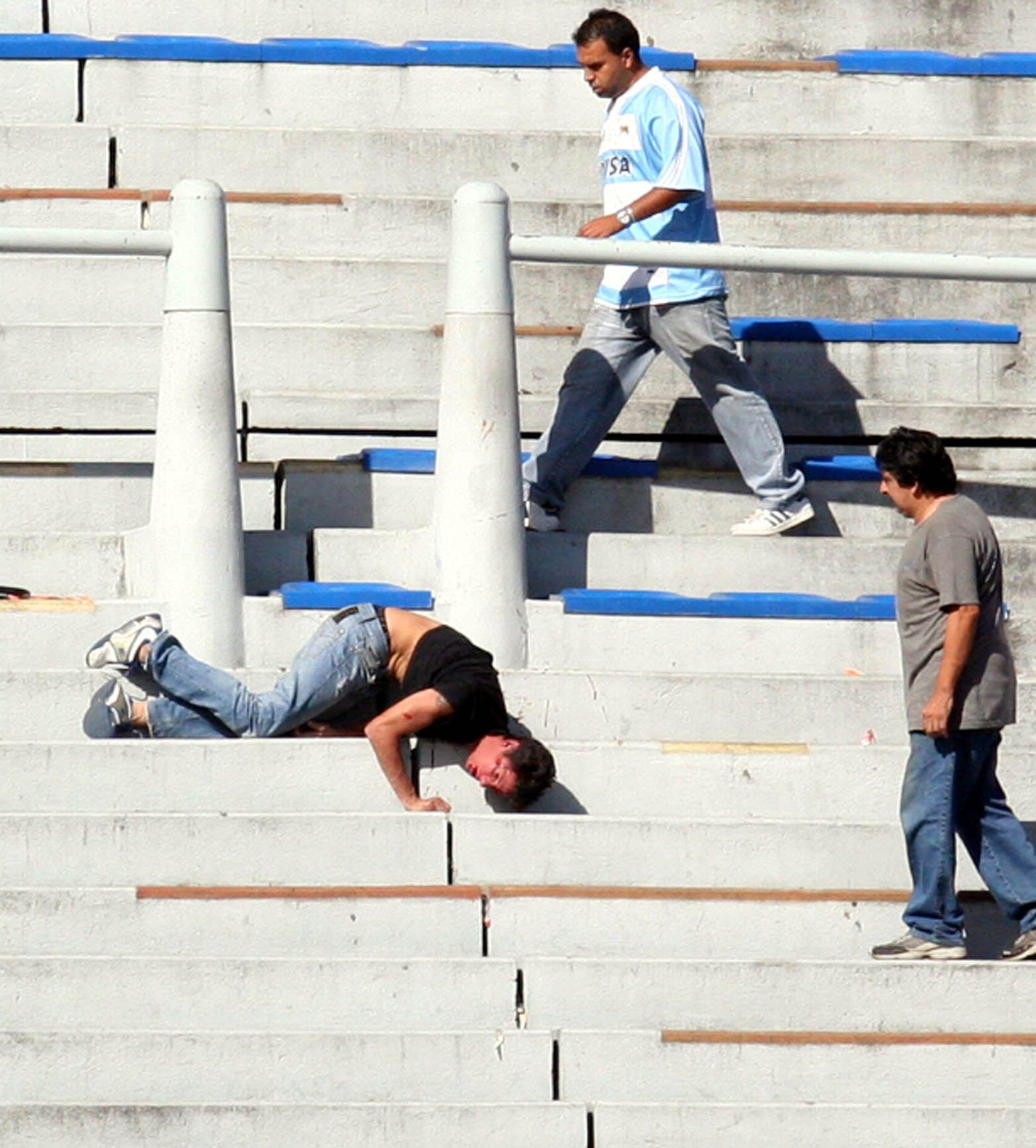 Habrá un nuevo reglamento para evitar la violencia en ell fútbol