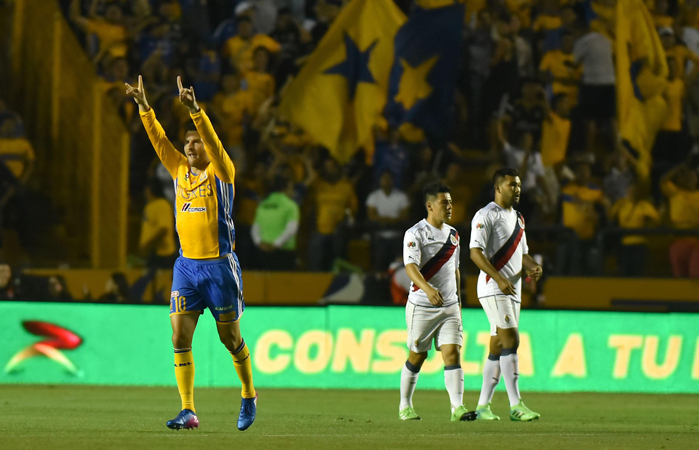 André Gignac celebrando un gol