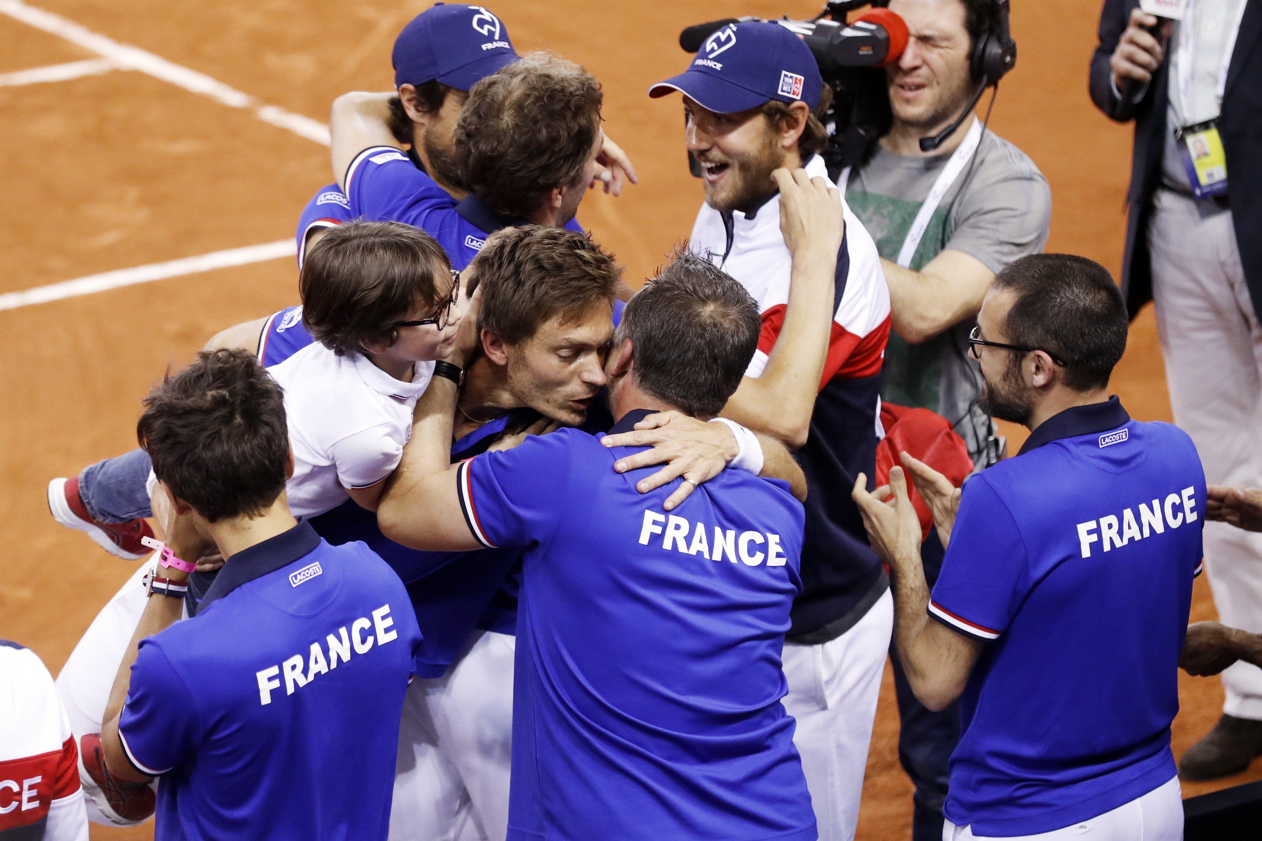Francia ya está en semifinales de la Copa Davis