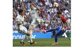 El choque entre el portugués y el alemán Tony Kroos