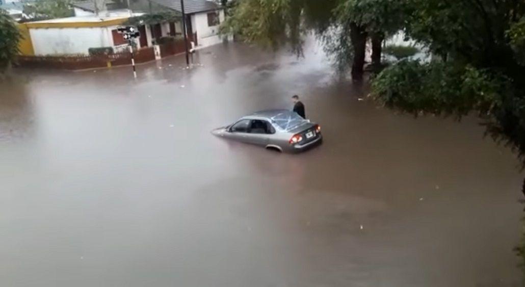 Así quedó una de las calles de Mar del Plata tras la tormenta