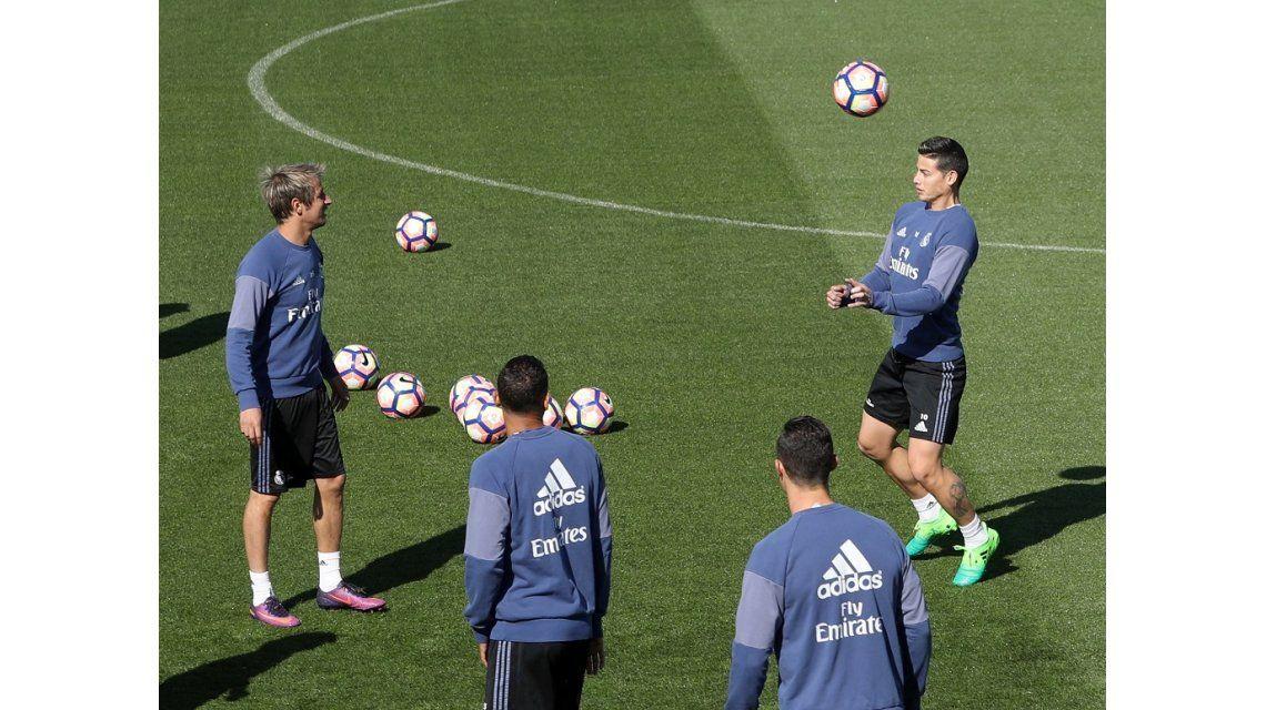 Cargadas a Coentrao en el entrenamiento de Real Madrid