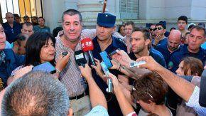 Los padres de Micaela hablan con la prensa tras el hallazgo sin vida de la joven