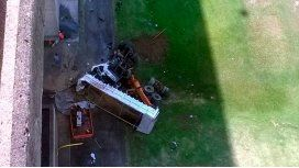 Un camión cayó desde el puente Zárate-Brazo Largo