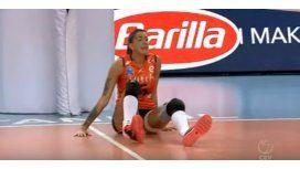 La brasileña quedó sola en el piso porque sus compañeras y rivales quedaron shockeadas