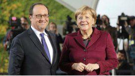 Hollande y Merkel respaldaron la decisión de Trumo en una declaración conjunta