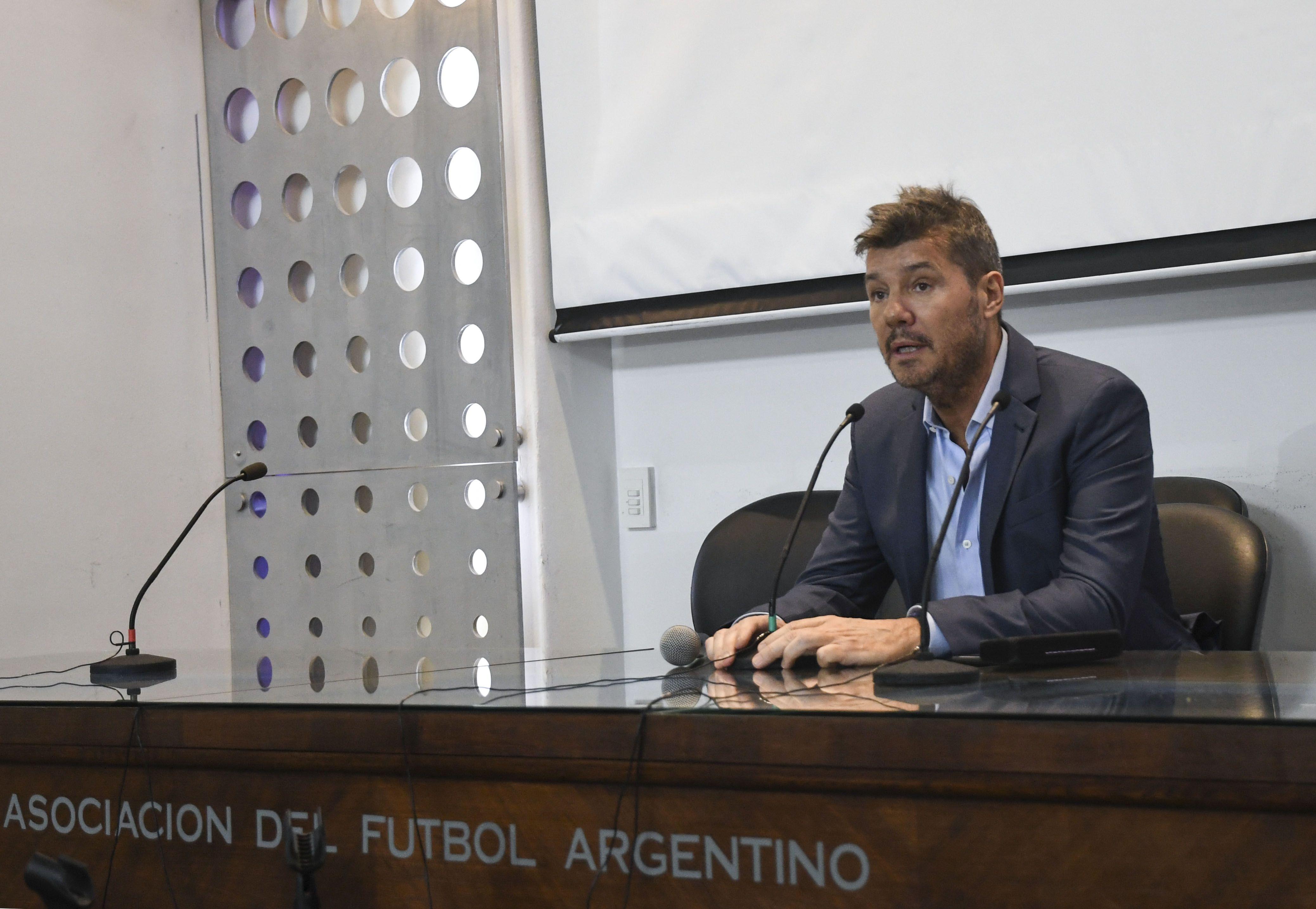 El dirigente confirmó la reunión con Bauza y el viaje a España para ver a Messi