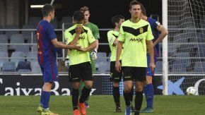 La decepción de los jugadores del Eldense ante la goleada por 12 a 0