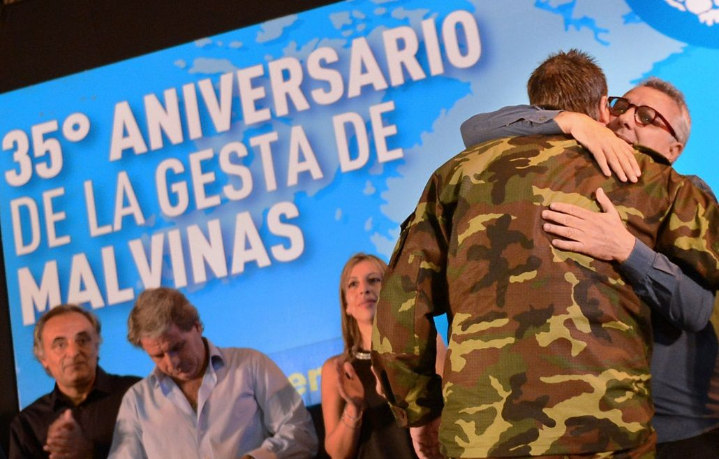 Homenaje a veteranos de Malvinas en Tigre