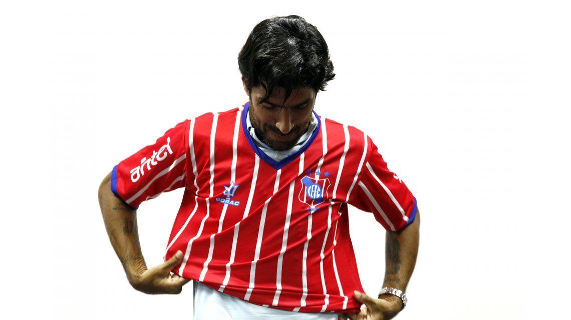 Abreu firmó con Central Español
