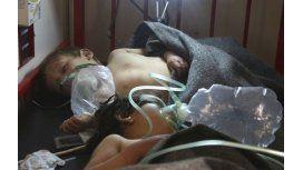 Difunden un cruento video de niños muertos por un ataque químico en Siria
