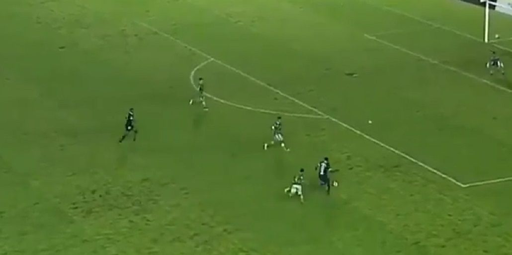 Nadie pudo parar al jugador de la Selección Sub 20 de Ecuador