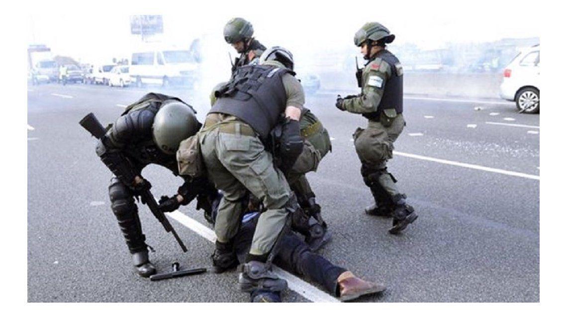 Panamericana: seis detenidos y cuatro heridos tras la represión de la Gendarmería