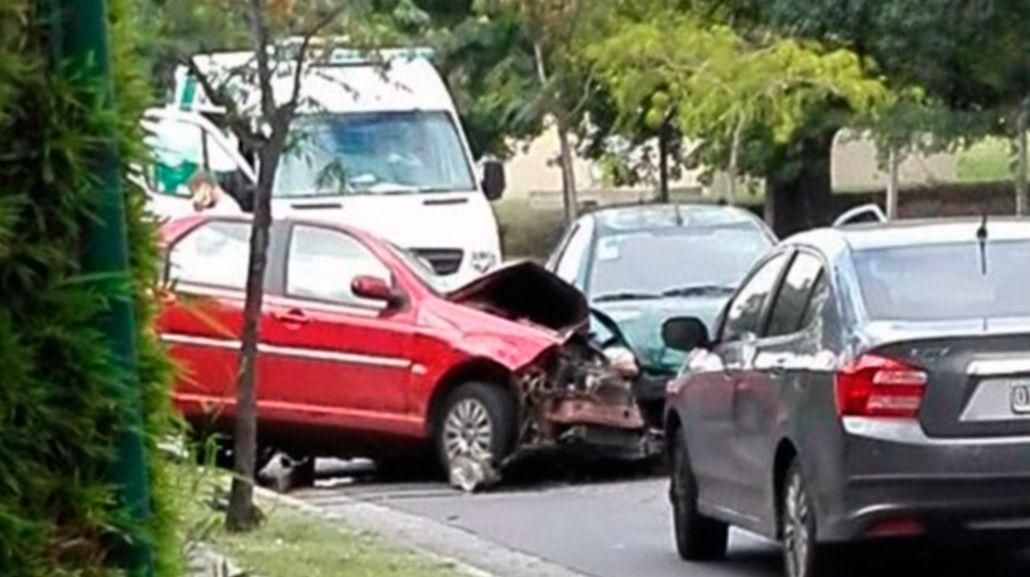 Triple choque fatal en Ciudad Universitaria: un muerto