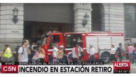 Incendio en Retiro: evacuaron a pasajeros y personal de la estación