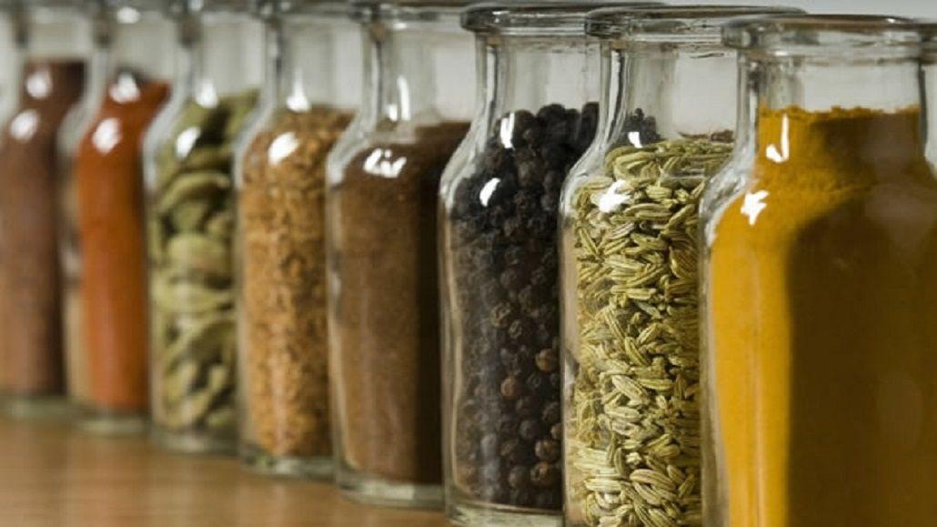 La Anmat prohibió dos condimentos elaborados en Santa Fe