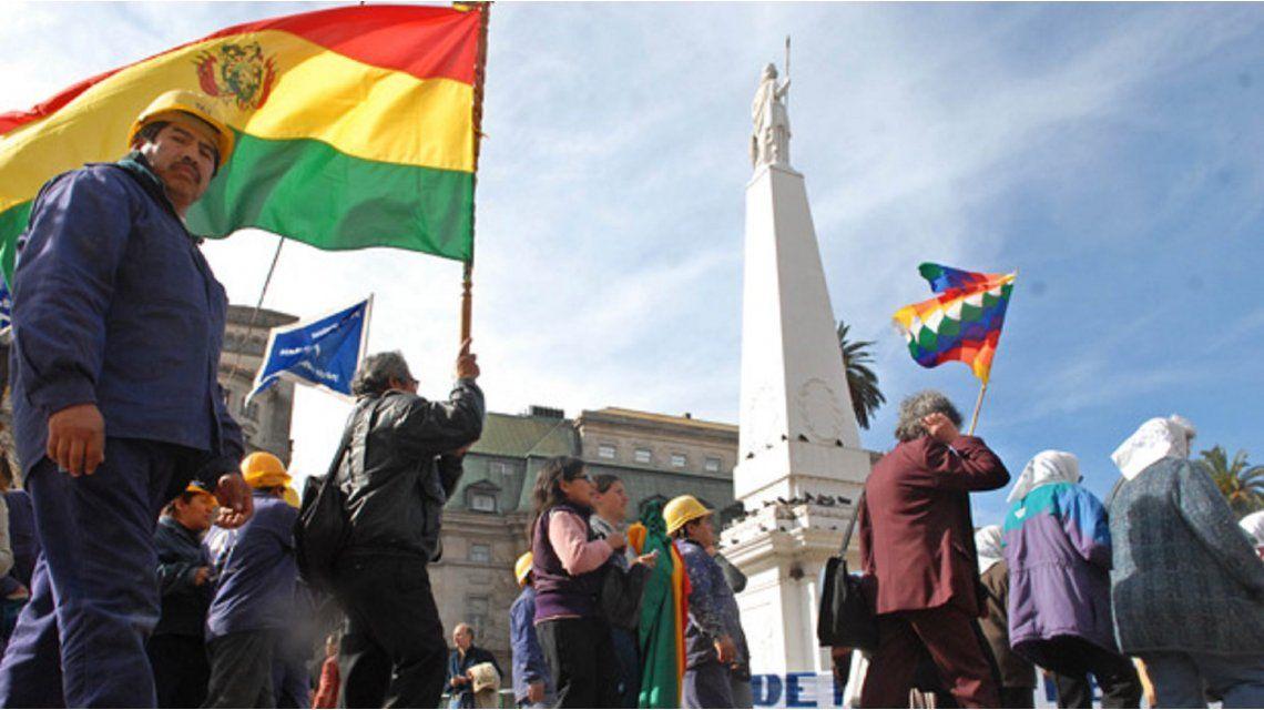 Inmigrantes en Argentina realizan por primera vez un paro