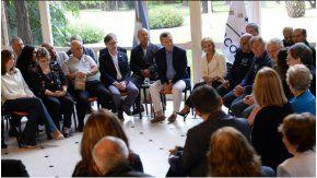Mauricio Macri, con veteranos de Malvinas