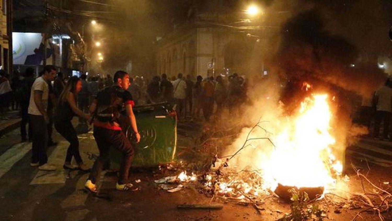 Disturbios en Paraguay por la aprobación de la reelección presidencial