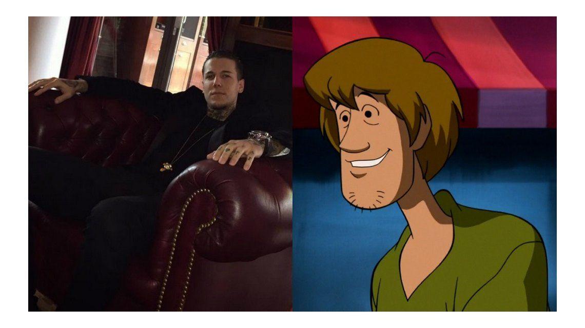 Alexander Caniggia y su look Scooby Doo
