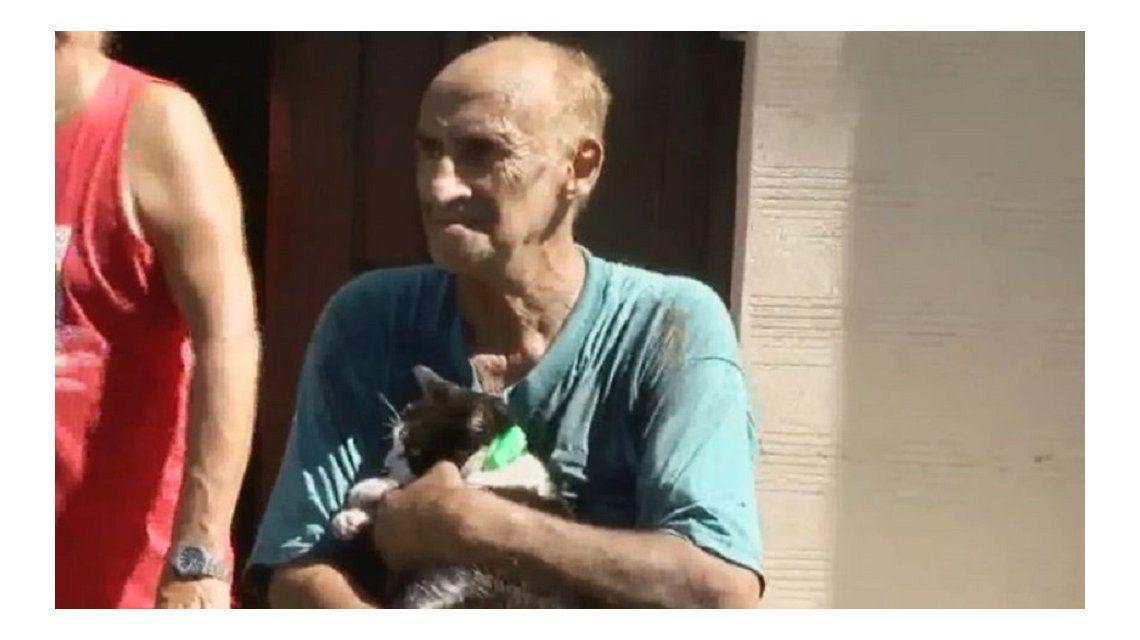 La historia de Loli, la gata que salvó a su dueño de morir calcinado