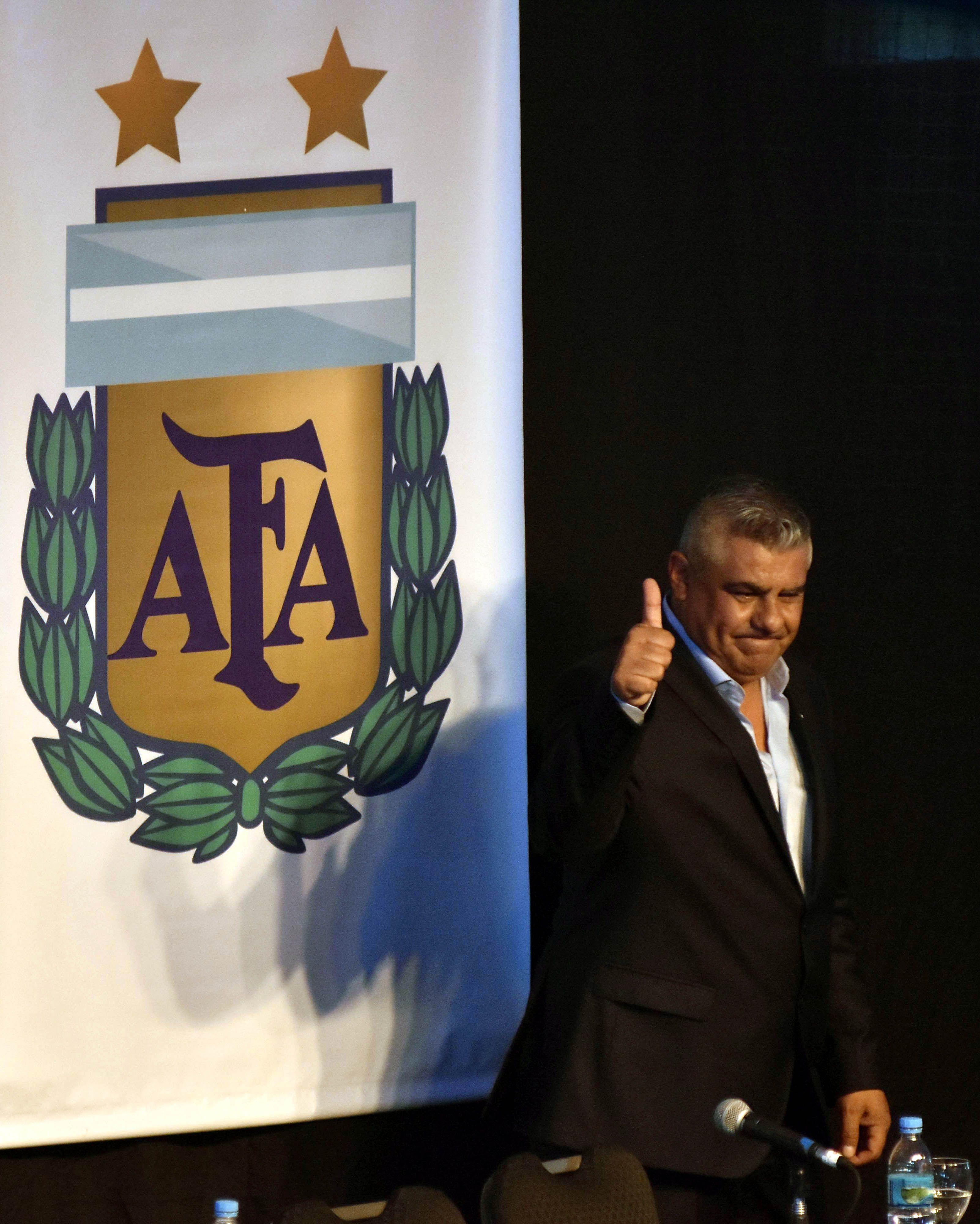 Chiqui Tapia asumió la presidencia de la AFA
