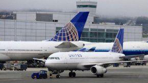 United Airlines quedó en la mira por su protocolo