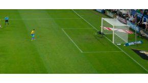 Silva le atajó el penal a Neymar