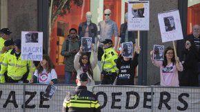 El escrache a Macri en Holanda