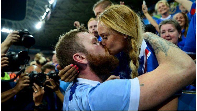 Festejos por Islandia vs Inglaterra