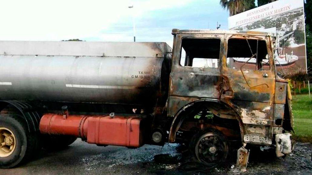 El camión terminó prendido fuego