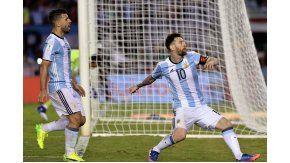 El grito desaforado de Messi tras convertir de penal ante Chile