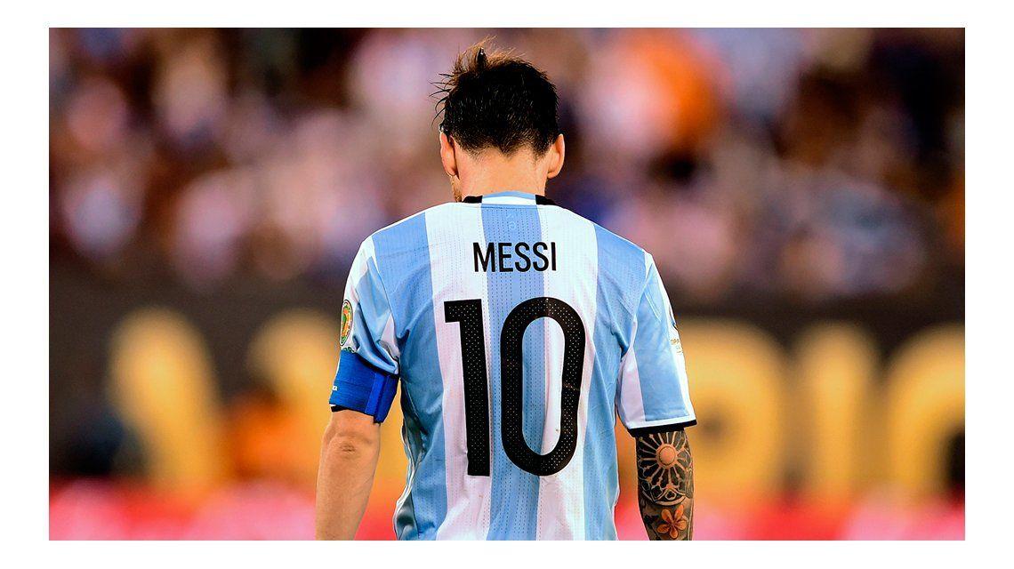 El abogado de Lionel Messi ya envió la apelación a la FIFA y en AFA rezan