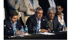 Chiqui Tapia asumió como nuevo presidente de AFA